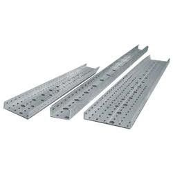 China Outdoor Frp Perforated Cable Tray , Petroleum Industrial Metal Cable Tray distributor